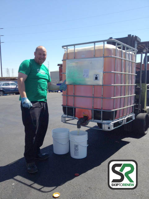 Stig Westling of Skip-to-Renew shows his bio-based hydraulic fluid